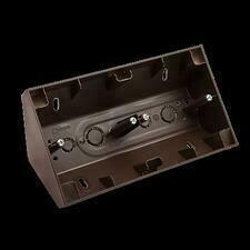SIMON 54 Premium DPNR2/46 Rohová dvojitá povrchová krabice, pro rámečky SIMON 54 Premium, bronzový m