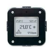 ABB 2CKA006134A0317 KNX Prostorový termostat s 5násobným univerzálním vstupem + CO2
