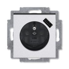 ABB 5569H-A02357 70 Levit Zásuvka 1násobná s kolíkem, s clonkami, s USB nabíjením