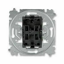 ABB 3559-A52345 Přístroje Přístroj přepínače střídavého dvojitého, řazení 6+6