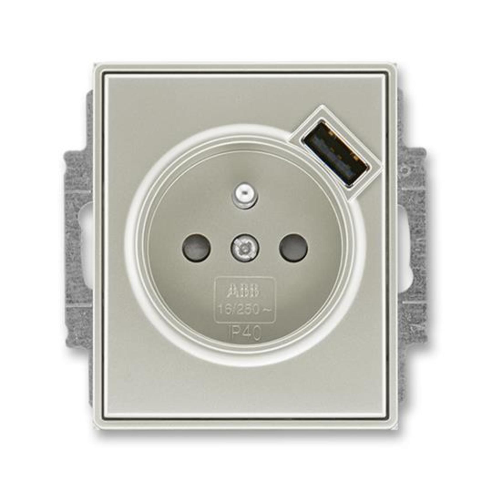 ABB 5569E-A02357 32 Time Zásuvka 1násobná s kolíkem, s clonkami, s USB nabíjením