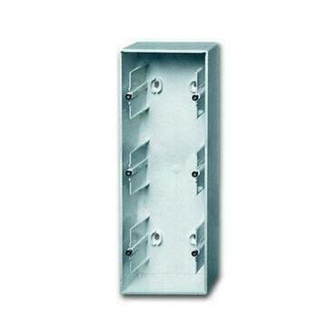 ABB 2CKA001799A0917 Úložný materiál Krabice přístrojová trojnásobná, pro lištové rozvody