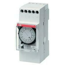 ABB 2CSM204125R0601 AT2-7R Elektromechanický časový spínač