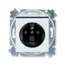 ABB 5519H-A02357 62 Levit Zásuvka jednonásobná s ochranným kolíkem, s clonkami