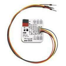 ABB GHQ6310070R0111 KNX 4násobné univerzální rozhraní pro zapuštěnou montáž