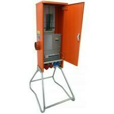 NG  Staveništní rozváděč pro přímé měření 40A (PRE) zás. 1x 32A/5p/400V, 1x 16A/5p/400V, 4x 230V, hl