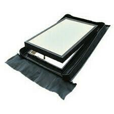 KMB Střešní okno výstupní 450x730 mm Černá