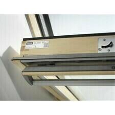 Okno střešní kyvné Velux GGL 3068 FK06 66×118 cm