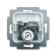Přístroj termostatu pro topení/chlazení
