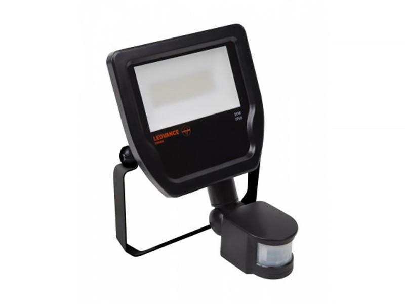 Reflektor LED 20 W IP65 s čidlem, LEDVANCE Floodlight černý