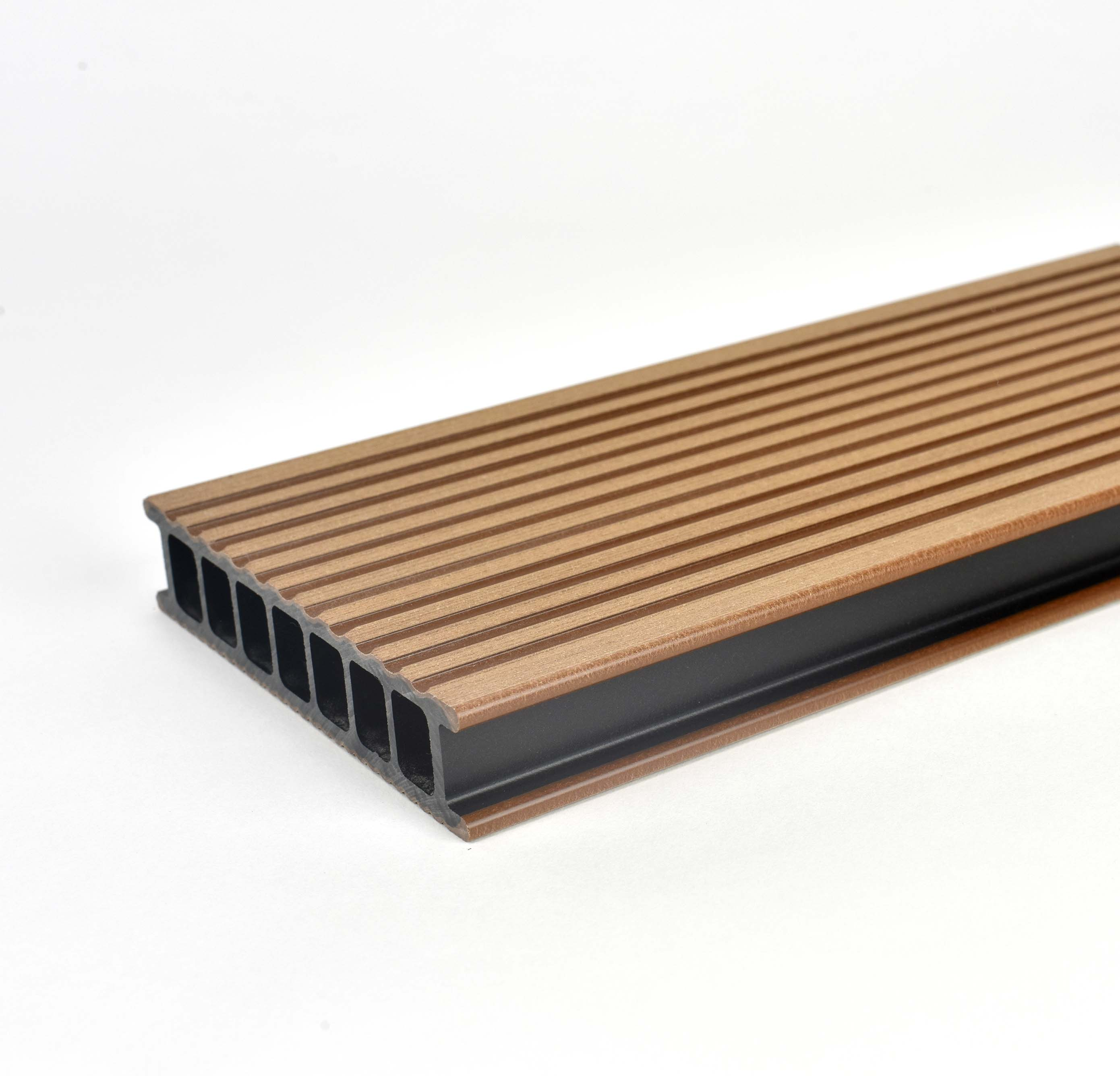 Prkno terasové dřevoplastové Twinson Terrace odstín vlašský ořech 140x28×4000 mm