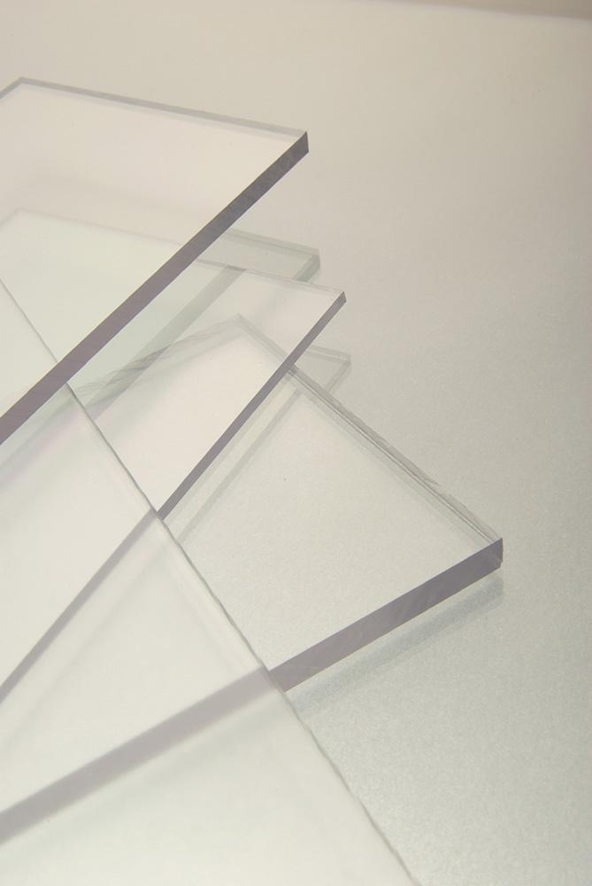 Polykarbonátová deska plná MAKROLIFE 10 mm (čirá) s UV ochranou (2050x3050 mm)