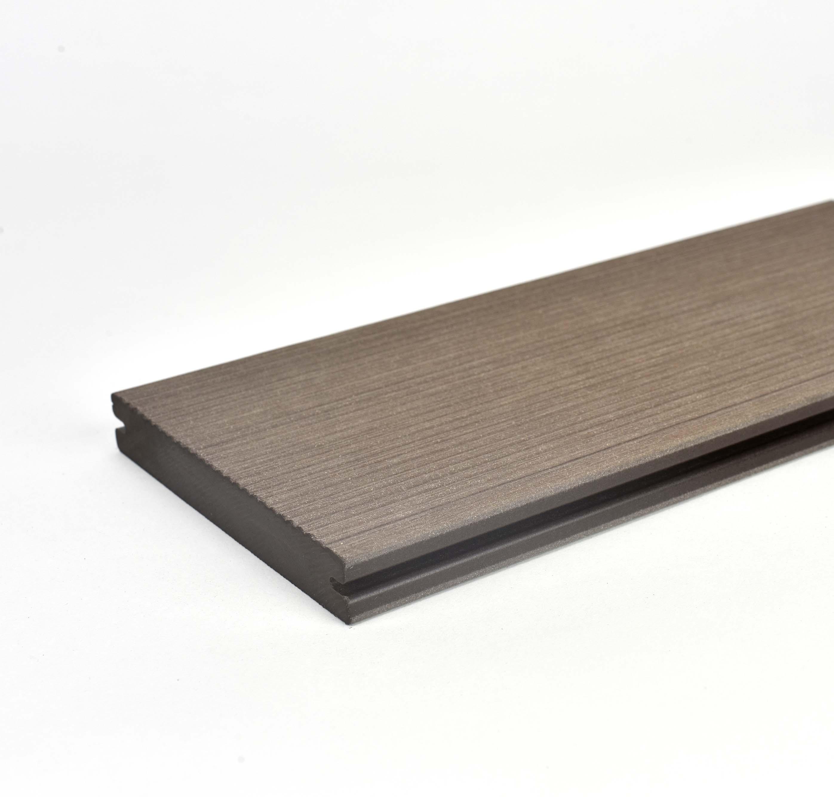 Prkno terasové dřevoplastové Twinson Massive odstín kůra 140x20×6000 mm