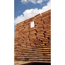 Dřevěná impregnovaná netříděná prkna 24/22xmin.80 délka 4m